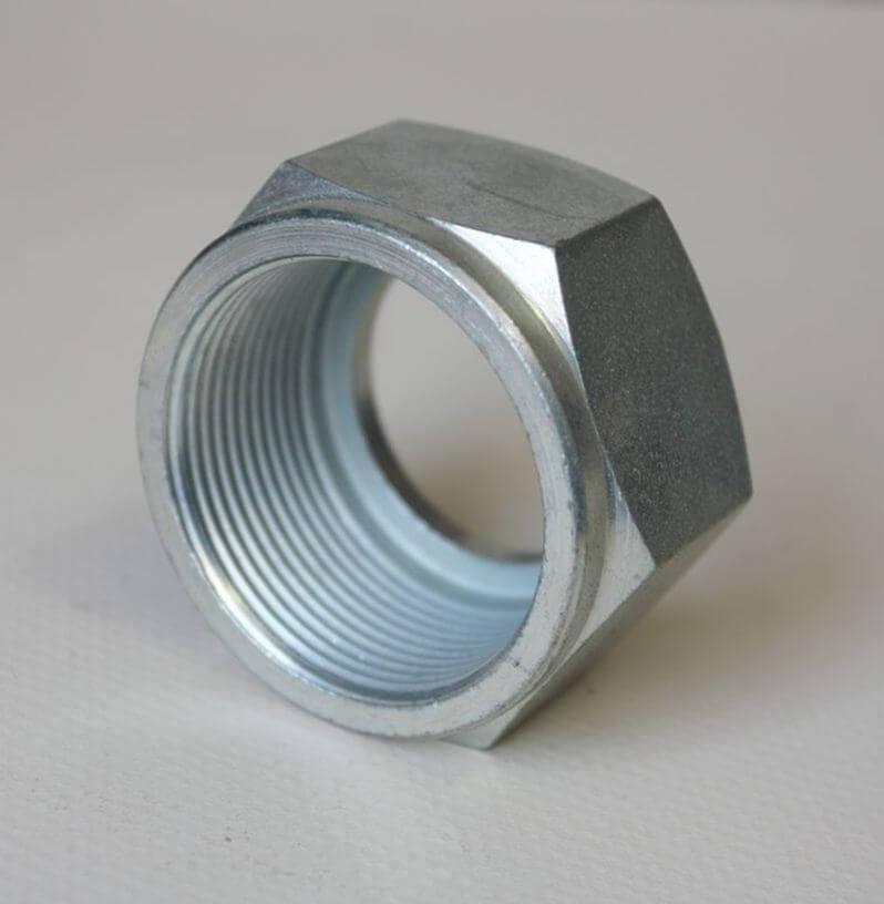 Iz raznoraznih razloga izrada temelja se često izvodi pomoću troslojnih oplatnih ploča širine 500 mm i.